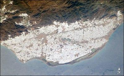 Vista aerea Mar de plástico en Almería
